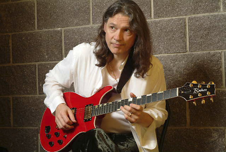 ROBBEN FORD to release new album 'Into the Sun' on Mascot Label Group