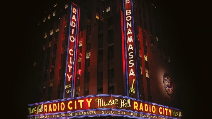 "JOE BONAMASSA RELEASES  ""LIVE AT RADIO CITY MUSIC HALL"" ON 2ND OCTOBER"