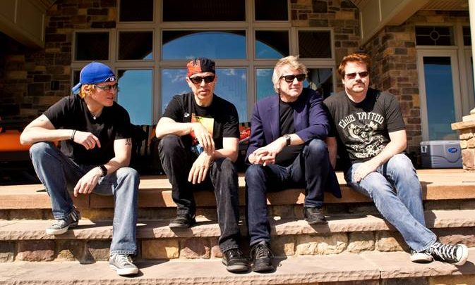 CANADIAN GUITAR VIRTUOSO RIK EMMETT TO RELEASE NEW ROCK ALBUM ON MASCOT LABEL GROUP