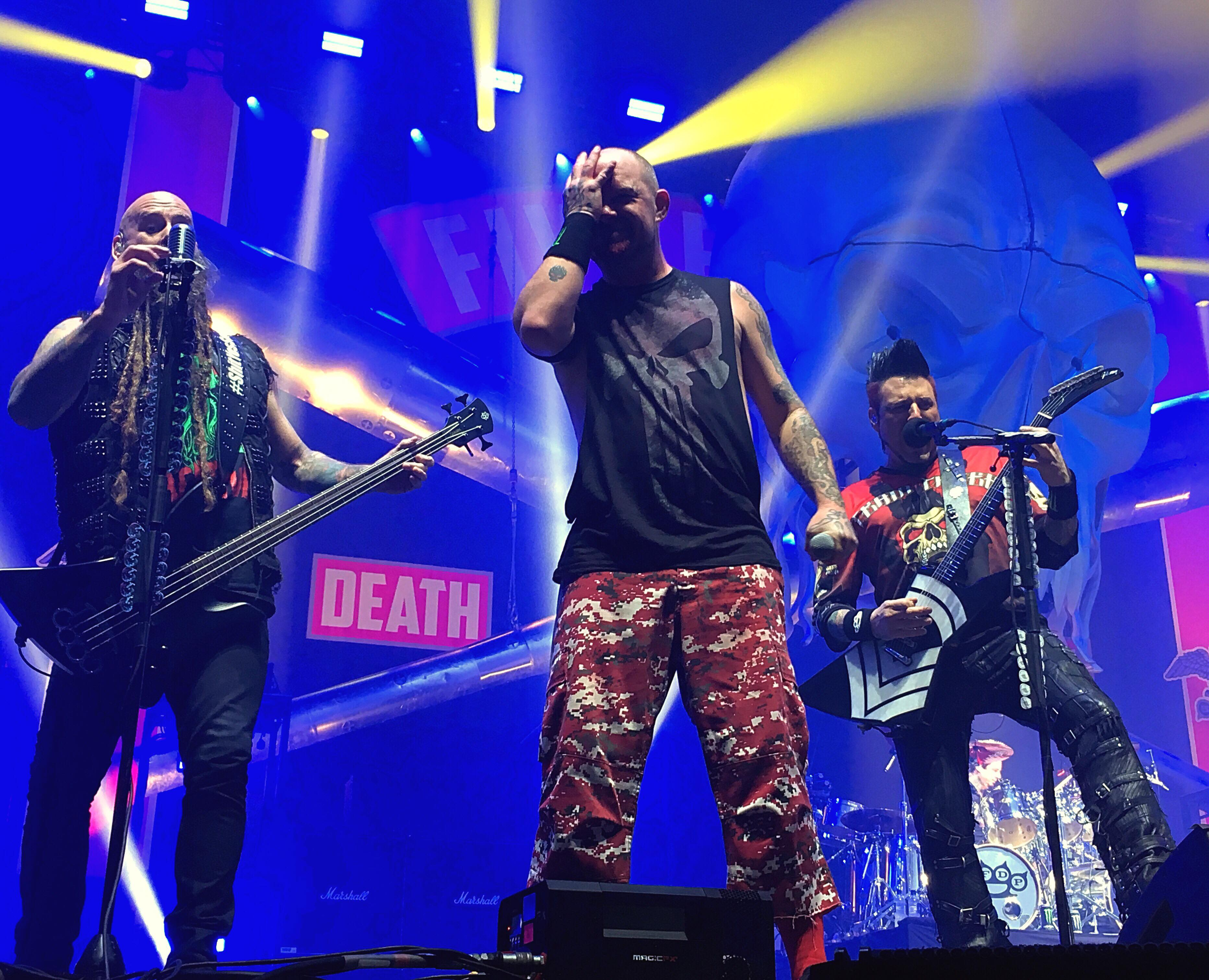 Five Finger Death Punch- SSE Arena, London (21/12/2017)