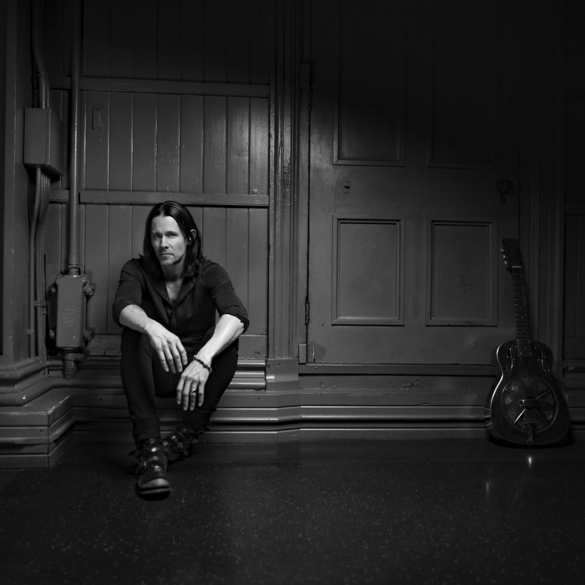 """Myles Kennedy – """"Year Of The Tiger"""" (Album Review)"""