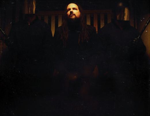 "JONATHAN DAVIS reveals release date & cover art for debut solo album, ""Black Labyrinth"""