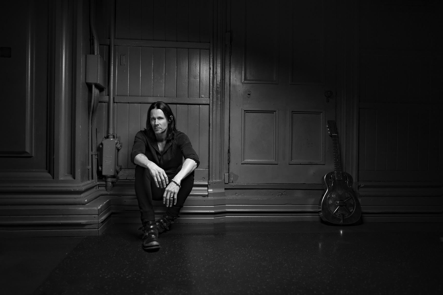 MYLES KENNEDY releases lyric video for new song 'Haunted By Design'