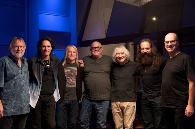 Sterling Ball – The Mutual Admiration Society (Feat. Steve Vai, John Petrucci, Steve Lukather)