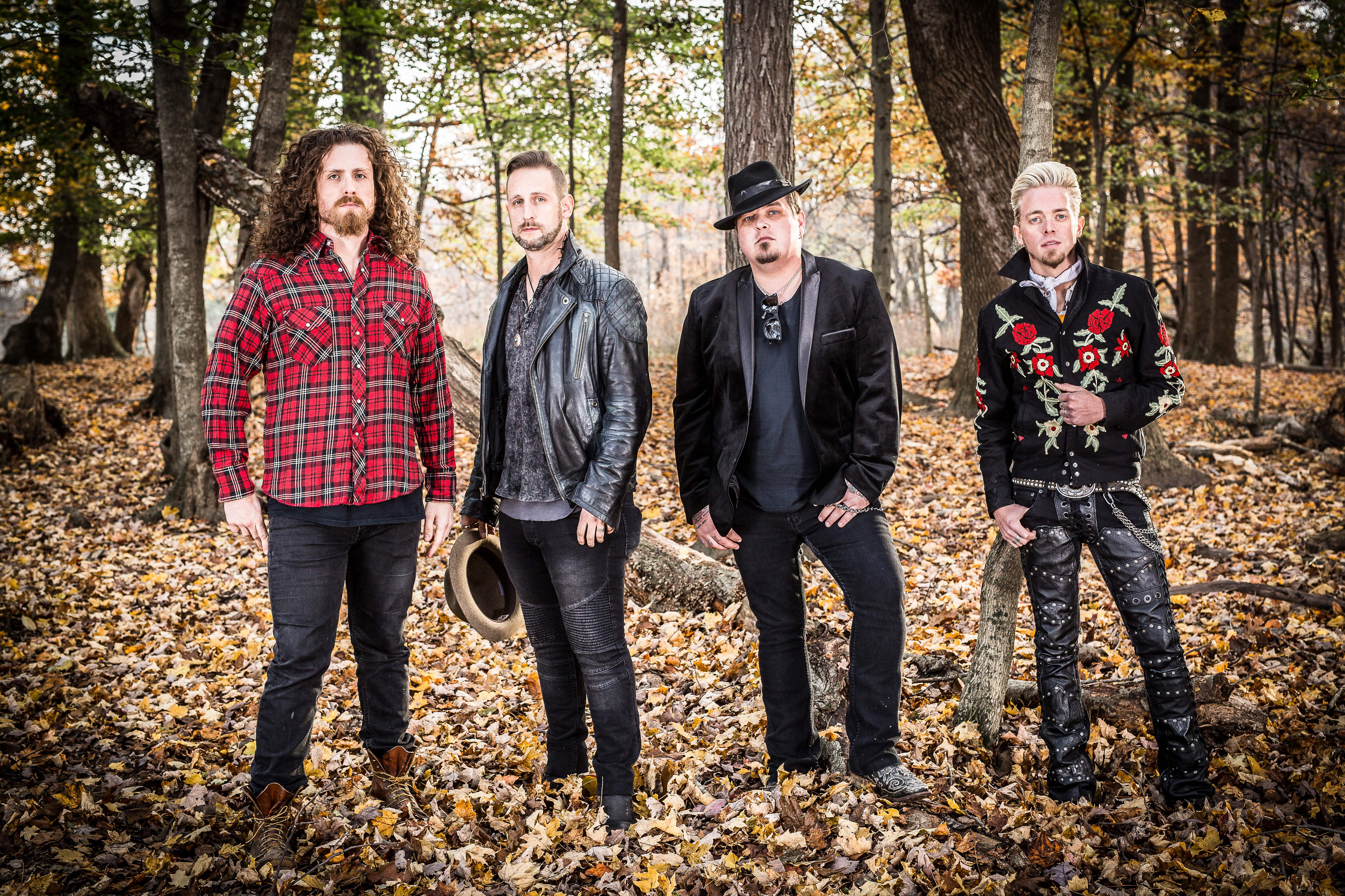 BLACK STONE CHERRY show you a 'Southern Fried Friday Night'