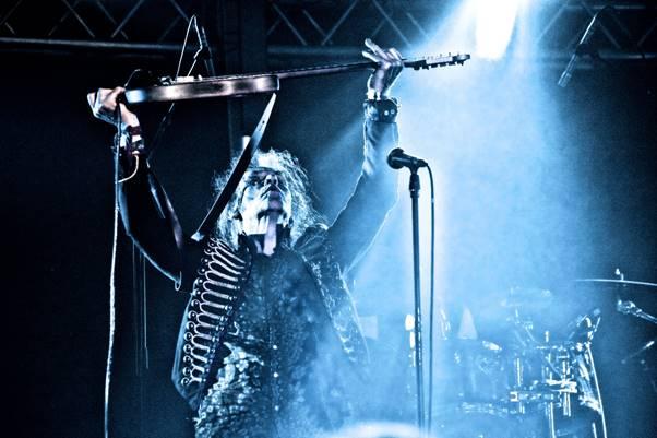 Former Gillan/Ozzy Osbourne guitarist Bernie Torme announces final UK tour.
