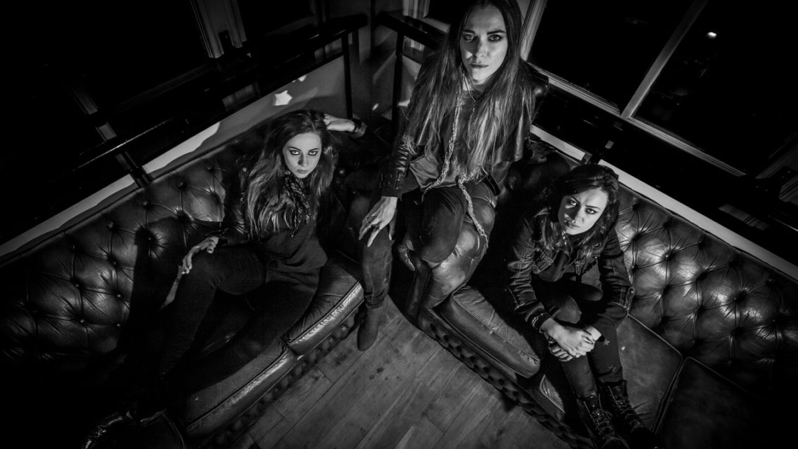 THE AMORETTES releases new single and video!