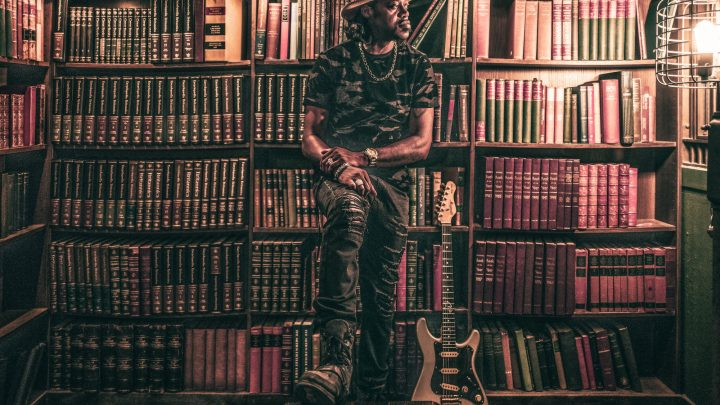 "Eric Gales – ""The Bookends"""