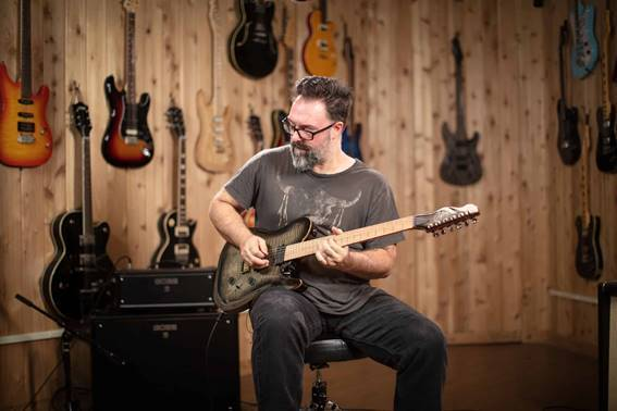 ROB CHAPMAN 52 NOTE GUITAR CHALLENGE COMPETITION