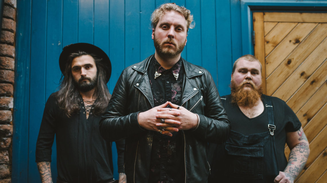 Cannock riff-rockers Wolf Jaw supporting Crobot on UK Tour 