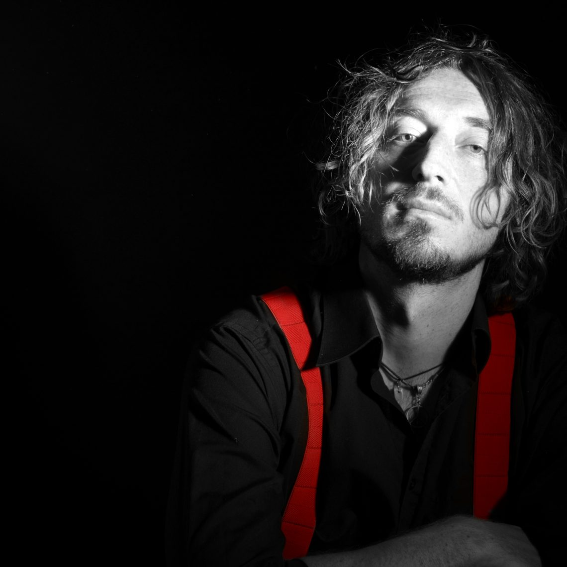 Wille and the Bandits' Frontman Releases single and reveals video 'Houses on the Sand' to Help the Homeless: Video, Single and EP Now Out!