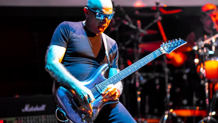 Joe Satriani Announces Tour Dates