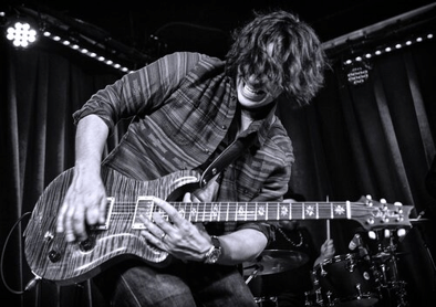 British Guitarist/Singer/Songwriter Davy Knowles Signs to Provogue
