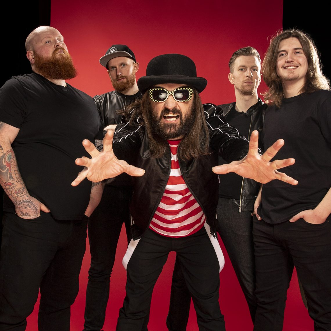 "Massive Wagons – New Video ""Bangin In Your Stereo"""