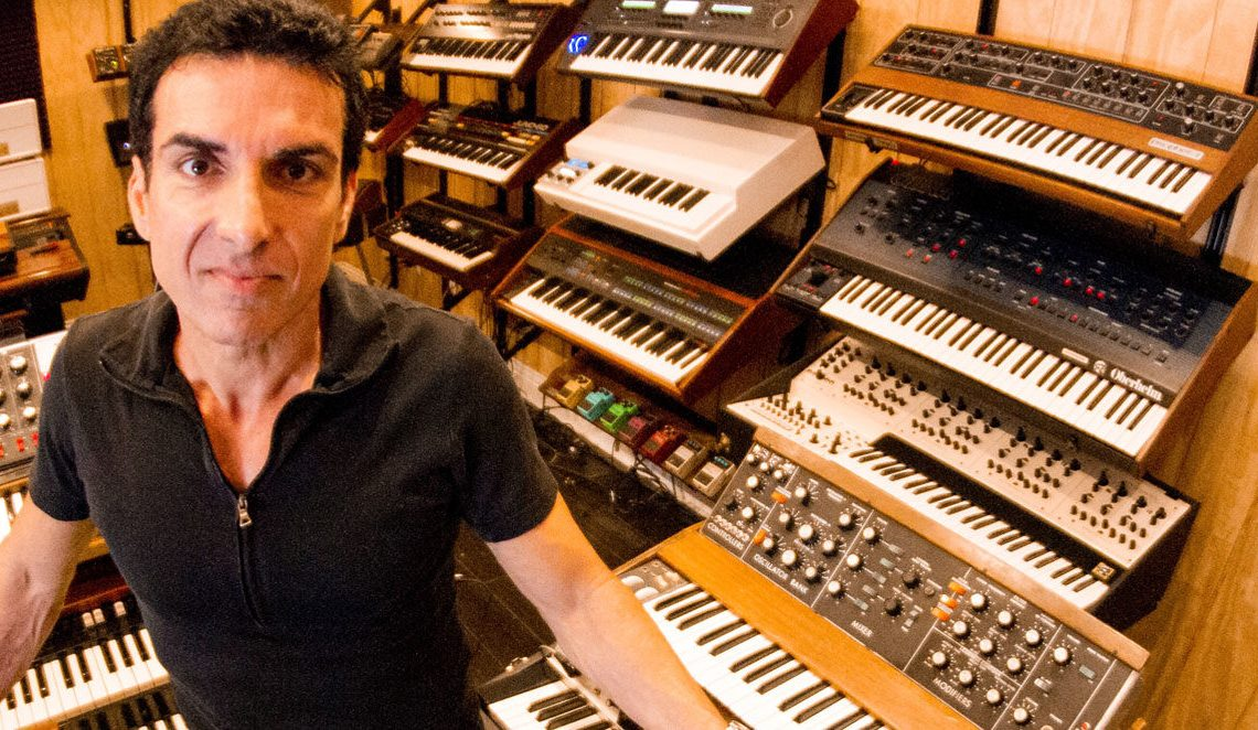 DEREK SHERINIAN – announces new solo album 'The Phoenix'