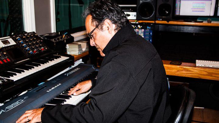 Neal Morse announces new solo progressive rock concept album 'Sola Gratia'