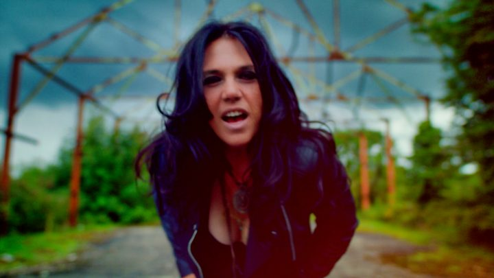 Sari Schorr Releases a New Video for 'The New Revolution'