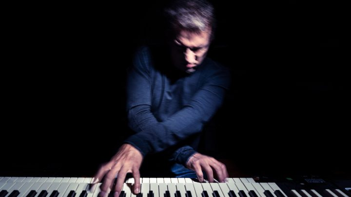 DEREK SHERINIAN starts writing new solo album with Simon Phillips for 2022 release