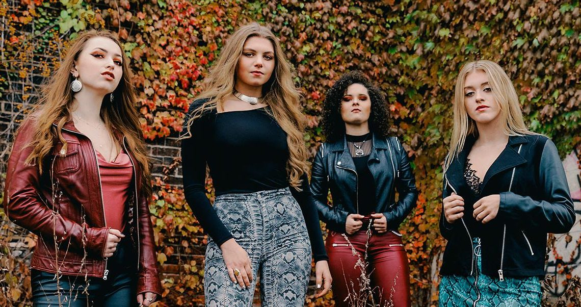 """Moriah Formica Announces All-Girl Band PLUSH and First Single """"Hate"""""""