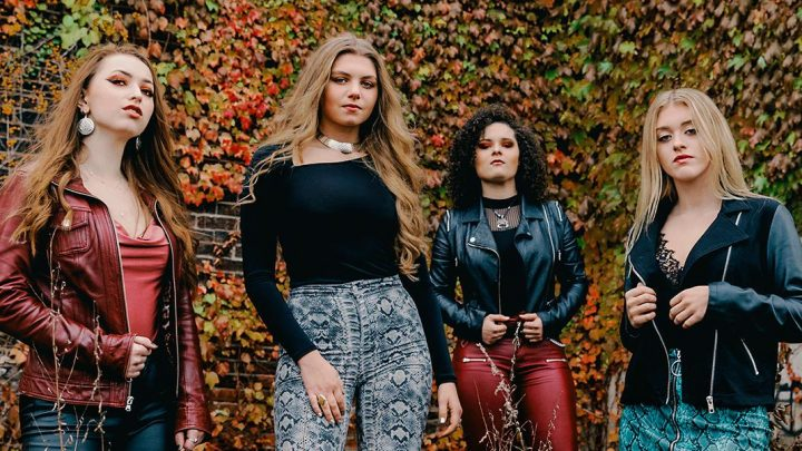 "Moriah Formica Announces All-Girl Band PLUSH and First Single ""Hate"""