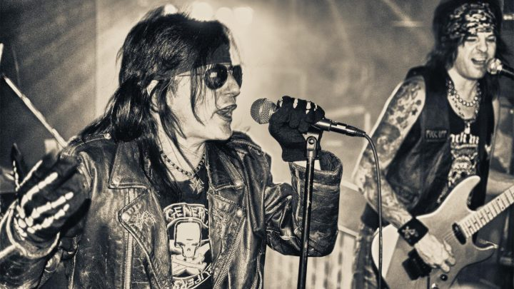 Phil Lewis of L.A. GUNS talks Cat