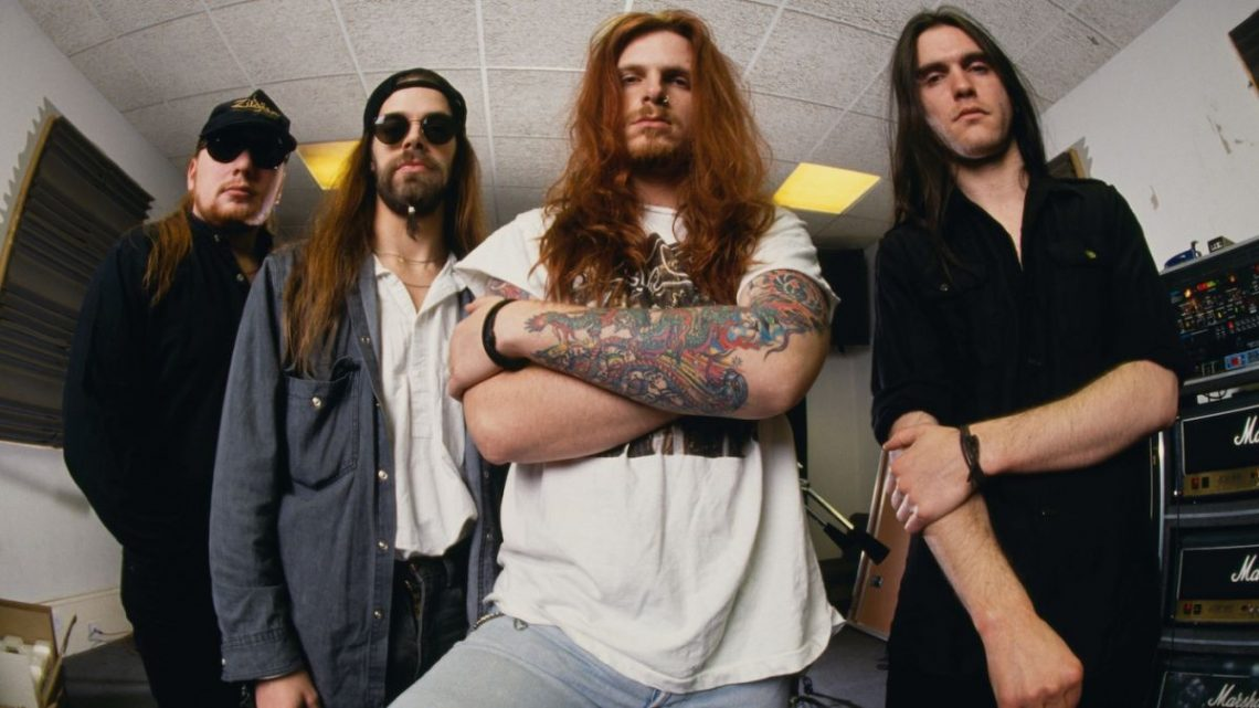 The Almighty: Welcome To Defiance – Complete Recordings 1994-2001, 7CD Box Set – Review