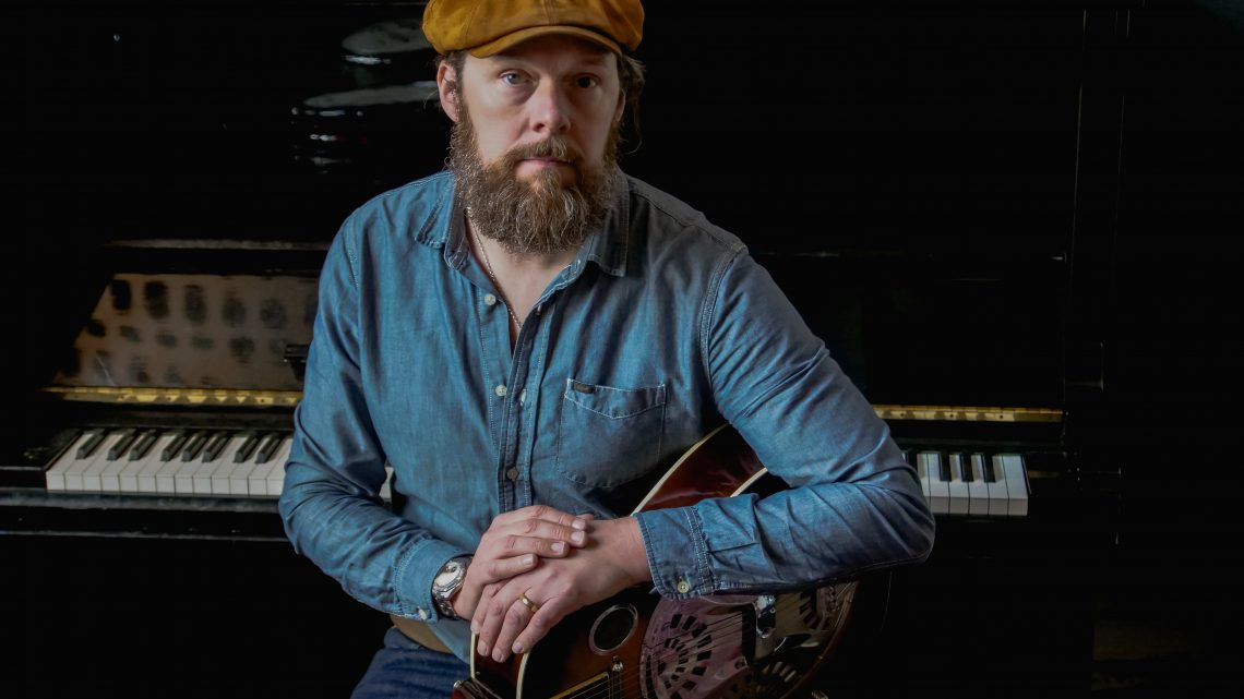 Mike Ross Releases 'Driftwood (Acoustic)':  the Slide Guitar-rich Single And Video from His Forthcoming Solo Album
