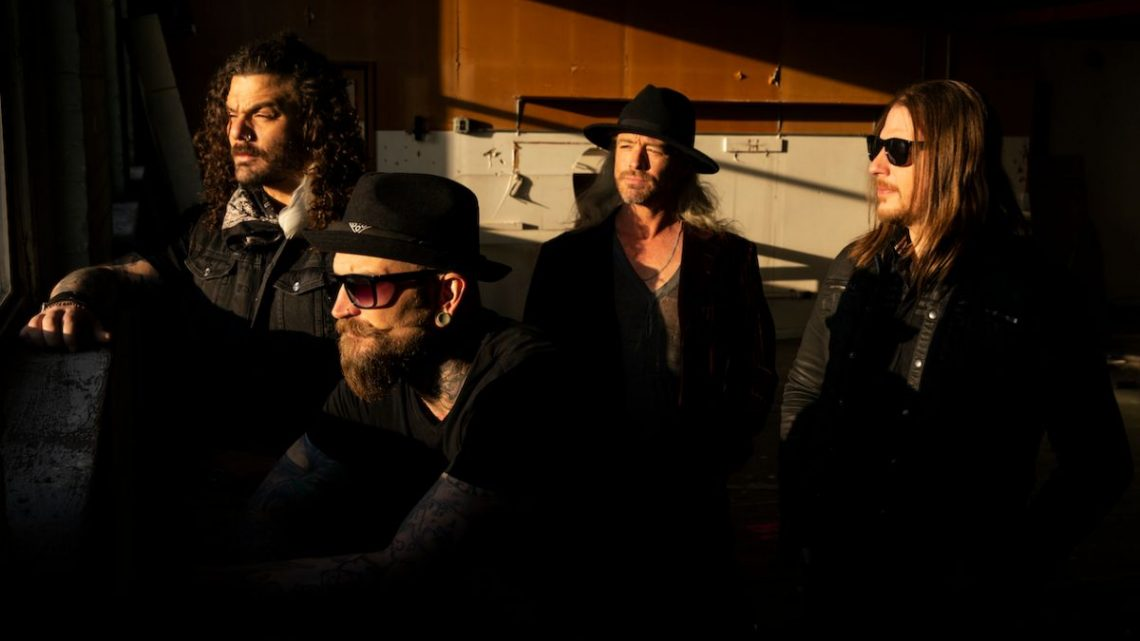 """Shaman's Harvest Reveal First New Song in 4 Years  """"Bird Dog""""  Mascot Records/Mascot Label Group"""