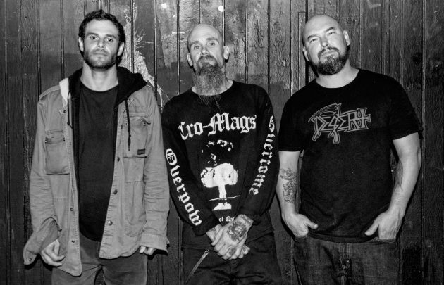 """NICK OLIVERI's MONDO GENERATOR Premieres Song From Upcoming """"Live At Bronson"""" Album!"""