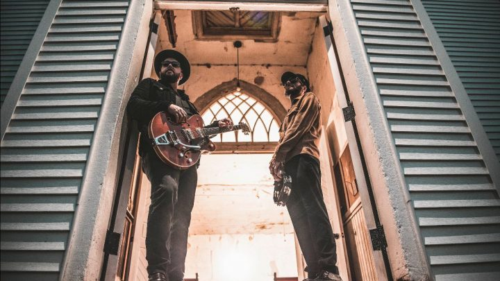 Indiana duo The Cold Stares will release their new album Heavy Shoes on 13th August