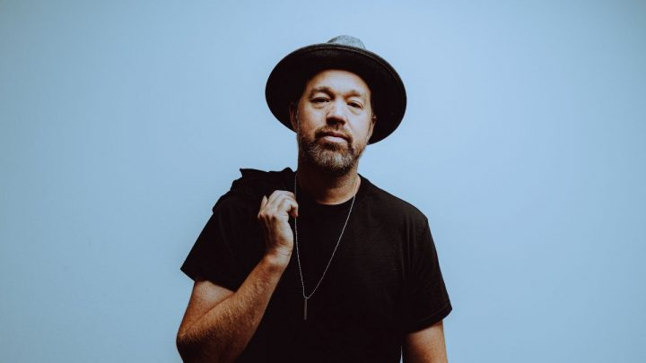 """Grammy-Award Winning Guitarist Eric Krasno Reflects On The Intimacy Of Lockdown With New Single, """"Alone Together"""""""