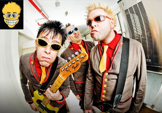 Toy Dolls: The Albums – 1989-1993, 5CD – Review