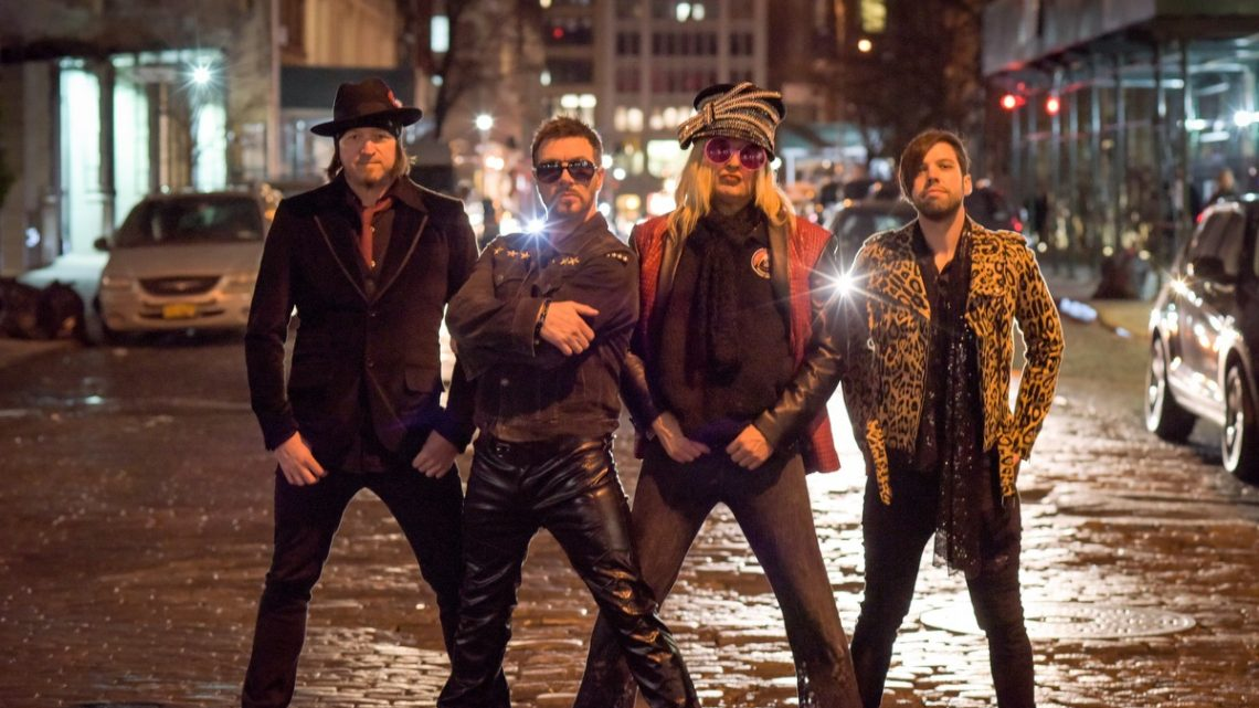 ENUFF Z'NUFF : 'Enuff Z'Nuff's Hardrock Nite' – new album of Beatles covers by US rock band out 12.11.21 via Frontiers