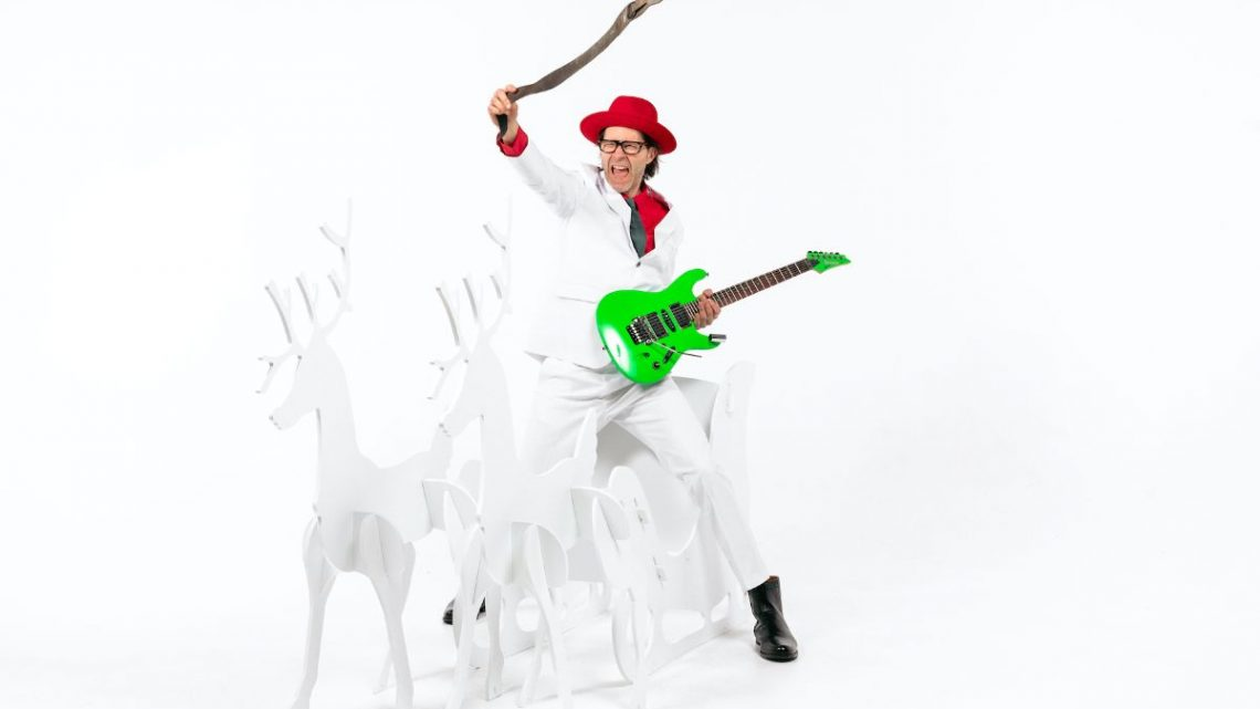 Paul Gilbert Announces The Release Of His Christmas Album 'TWAS